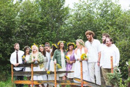 Tóparti hippi esküvői dekoráció