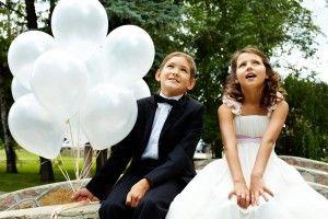 esküvői dekoráció gyermekekkel