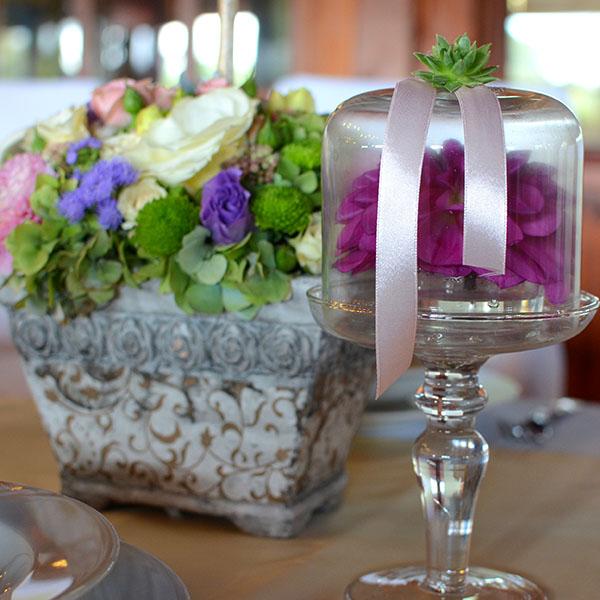 Esküvői dekoráció asztaldísz - Wedding Factory
