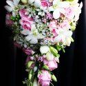 Fehér, rózsaszin menyasszonyi csokor