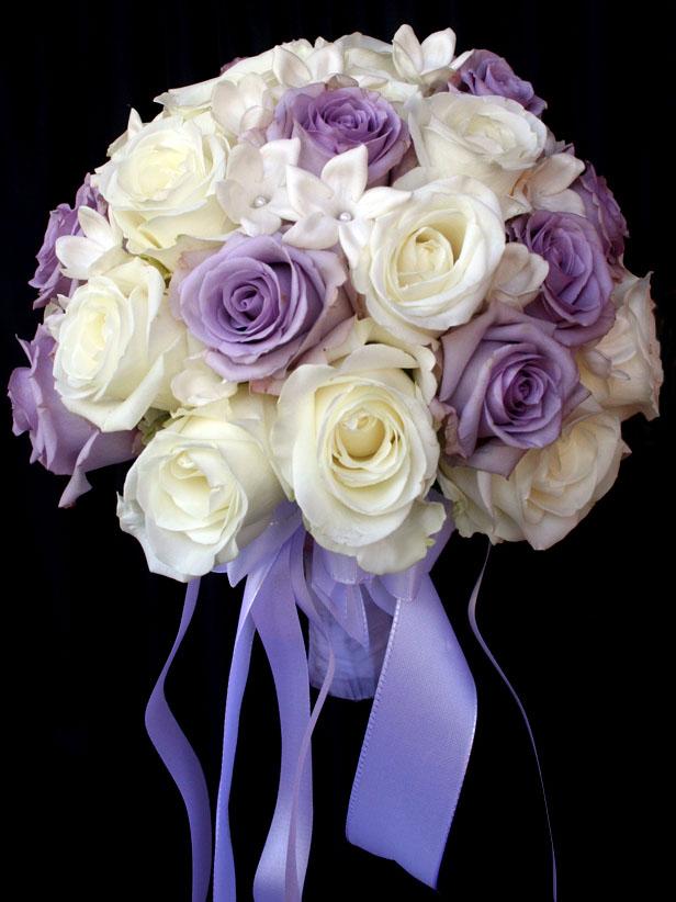 Lila - fehér menyasszonyi csokor - Wedding Factory