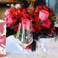 Bordó - pink esküvői dekoráció, menyasszonyicsokor