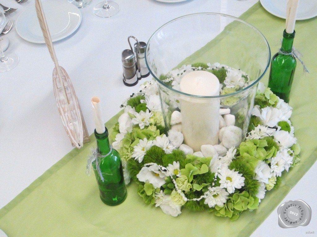 fehér esküvői virágkoszorú