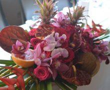 Trópusi bordó pink asztaldísz