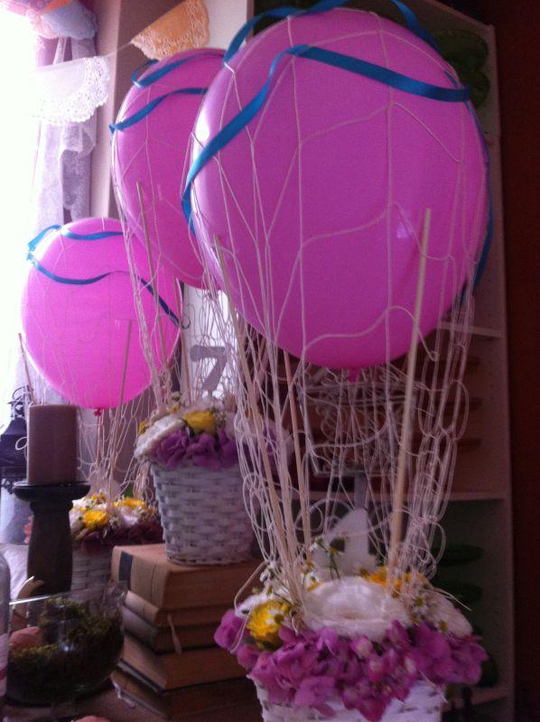 esküvői asztaldísz légballon