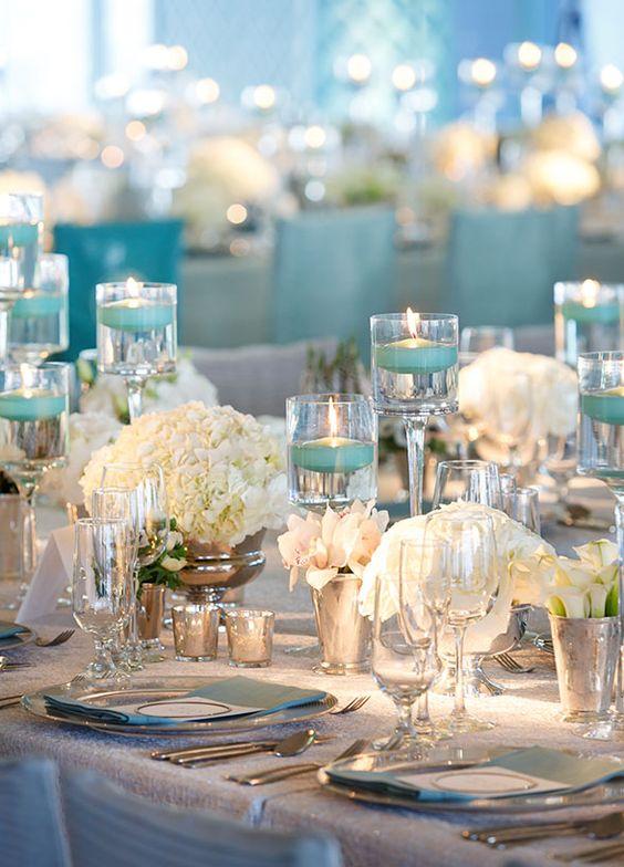Halványkék esküvői dekoráció