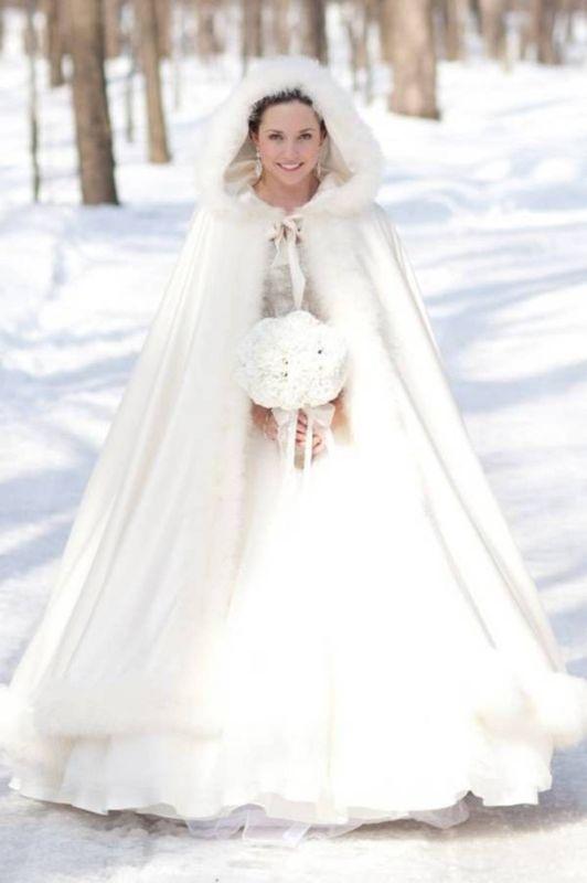Hercegnős esküvői kabát