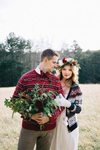Karácsonyi pulcsi menyasszonyi ruha