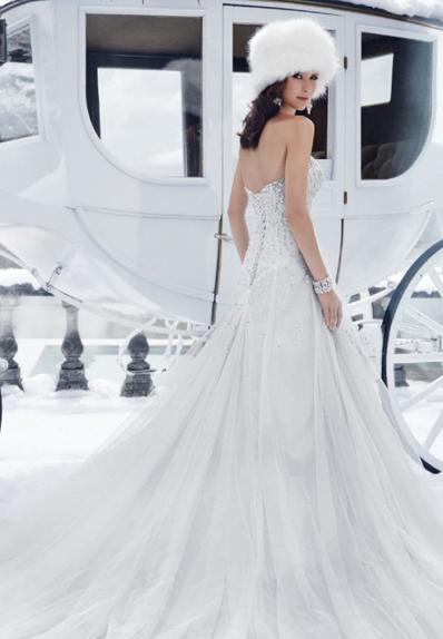Téli menyasszonyi ruha
