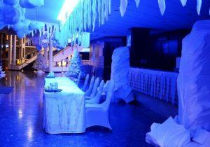 Jégtömb és jégcsap dekoráció