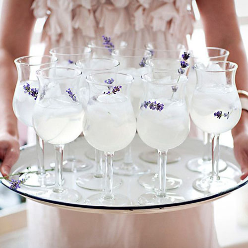 Tavaszi esküvői dekoráciő