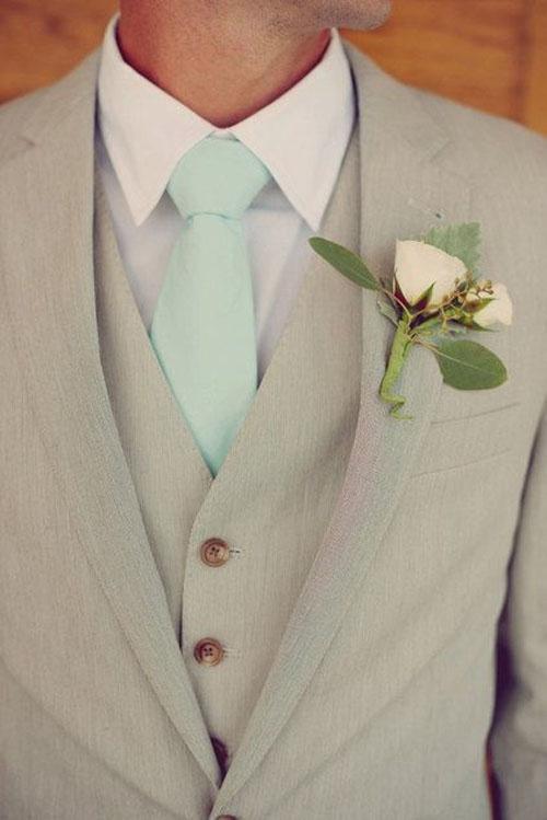Tavaszi vőlegény ruha