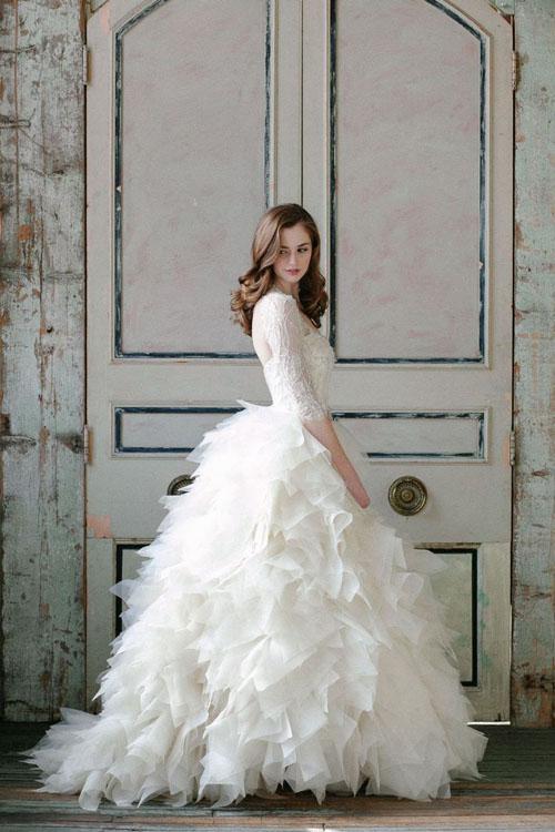 Tavaszi menyasszonyi ruha